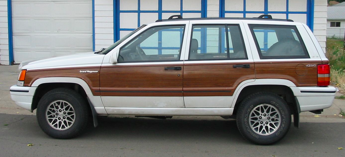 Jeep Wagoneer For Sale >> 1993 Jeep Grand Wagoneer: Ridiculous Rebadge | PlaysWithCars